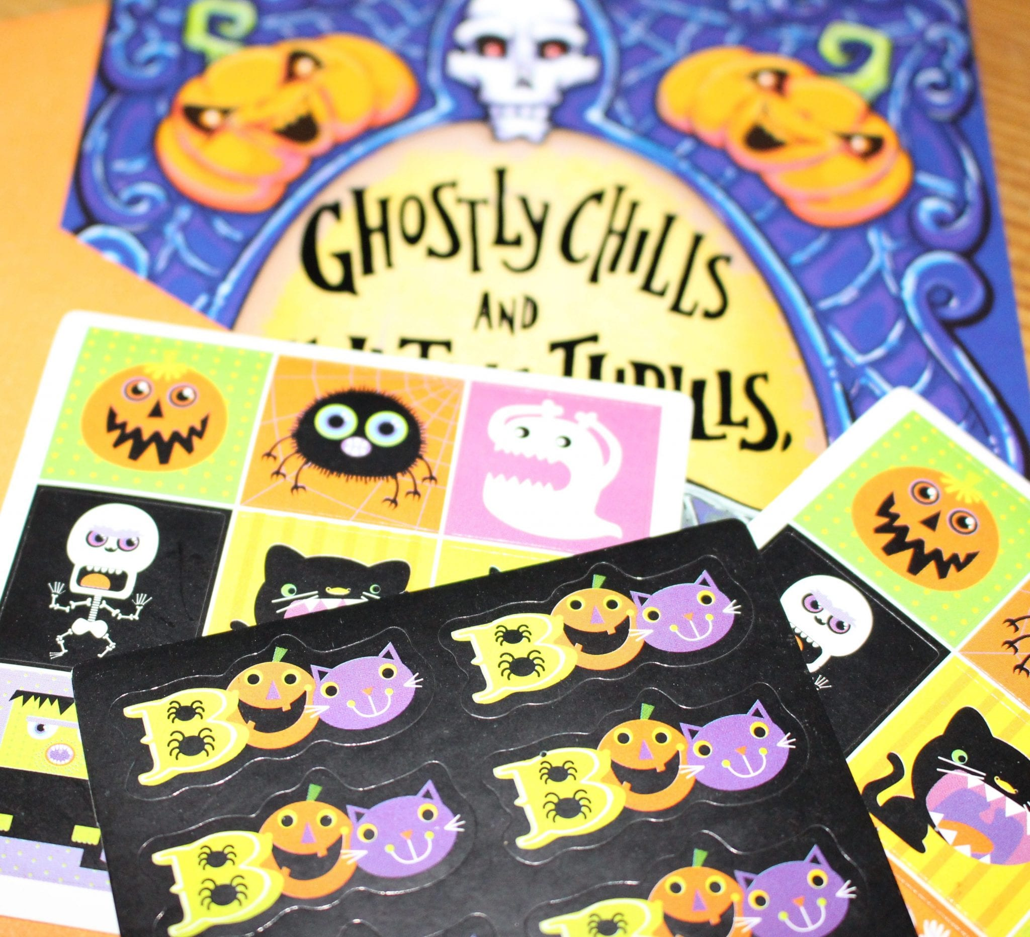 Mail out Halloween Cards for a Fun Family Tradition. www.goodlifeofahousewife.com