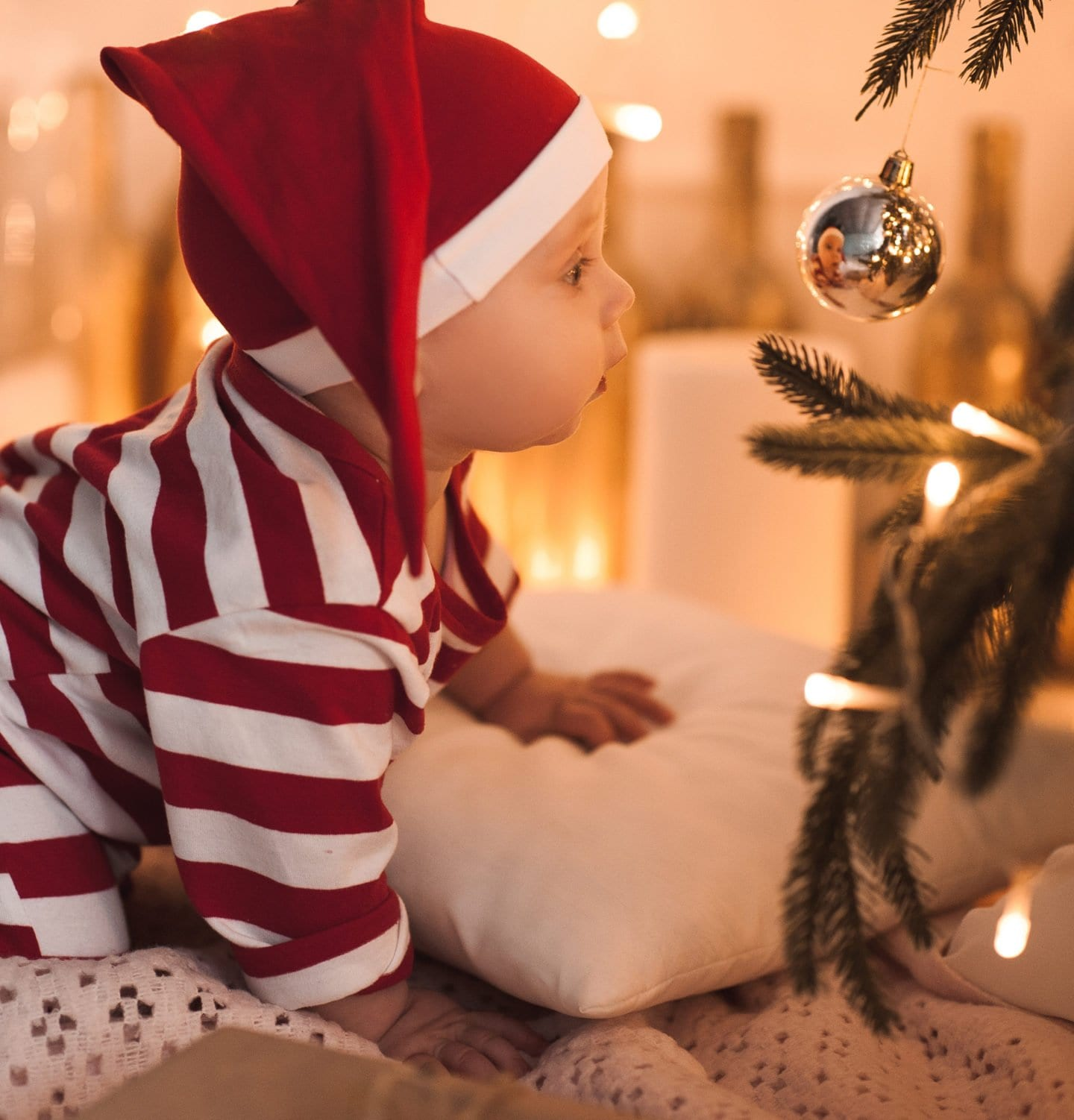 Baby's First Christmas Bucket List. Everything you need to do to celebrate your little one's first Christmas.