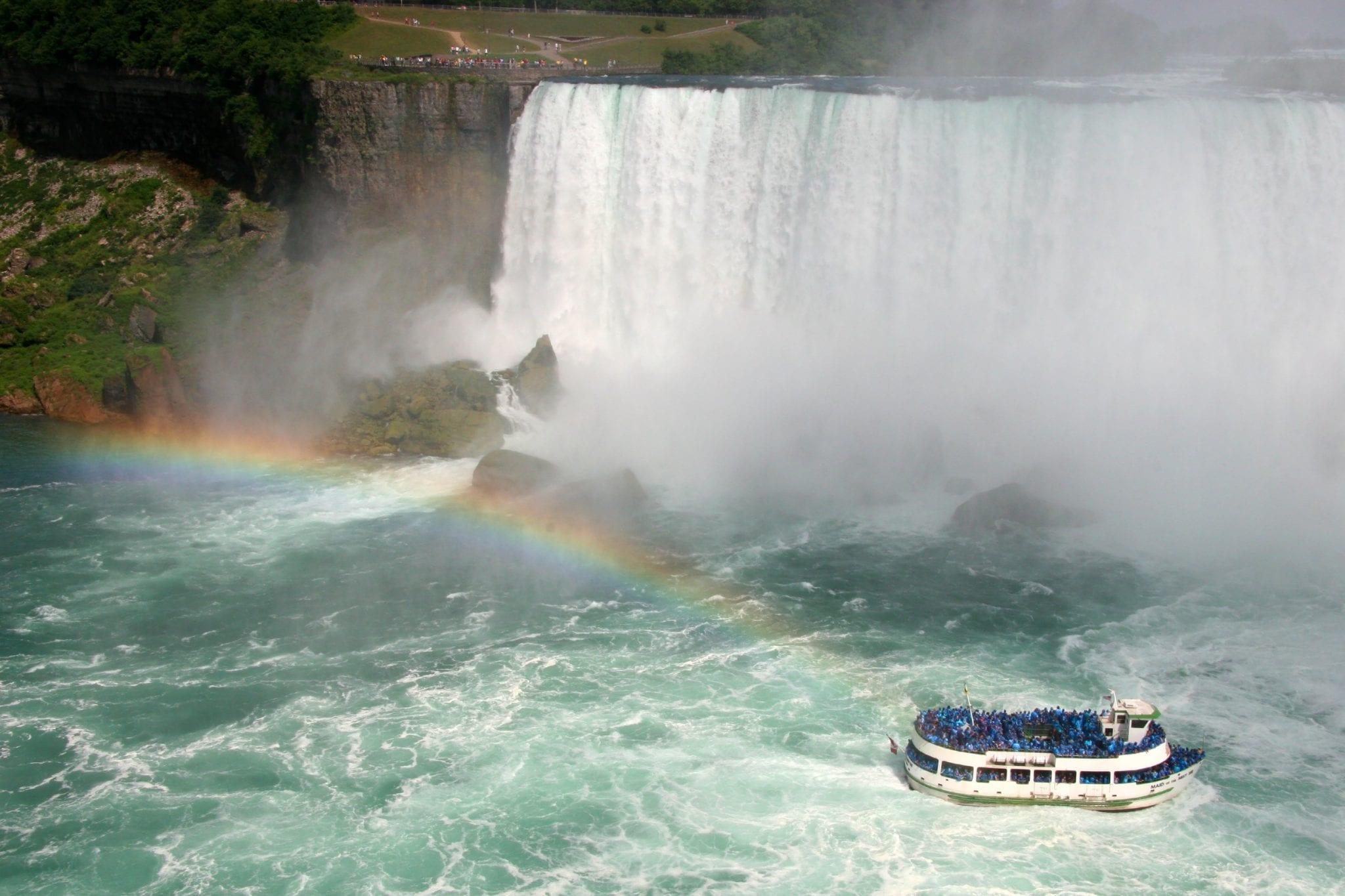 Wanderlust | Good Life of a Housewife Niagara Falls | Maid of the mist Boat Tour Niagara Falls