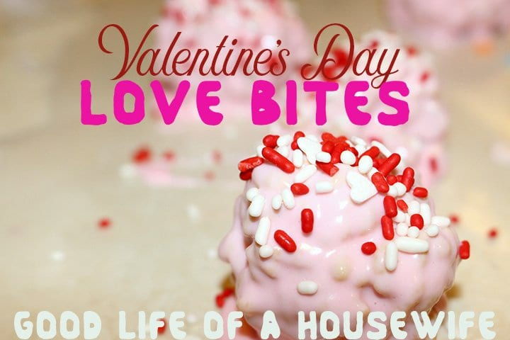 Valentine's Day Love Bites | Easy Rice Krispie Treat with Butter Cream frosting, YUM! www.goodlifeofahousewife.com