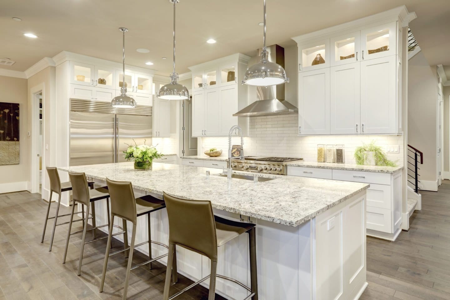 HACKS TO KEEP YOUR KITCHEN CLEAN