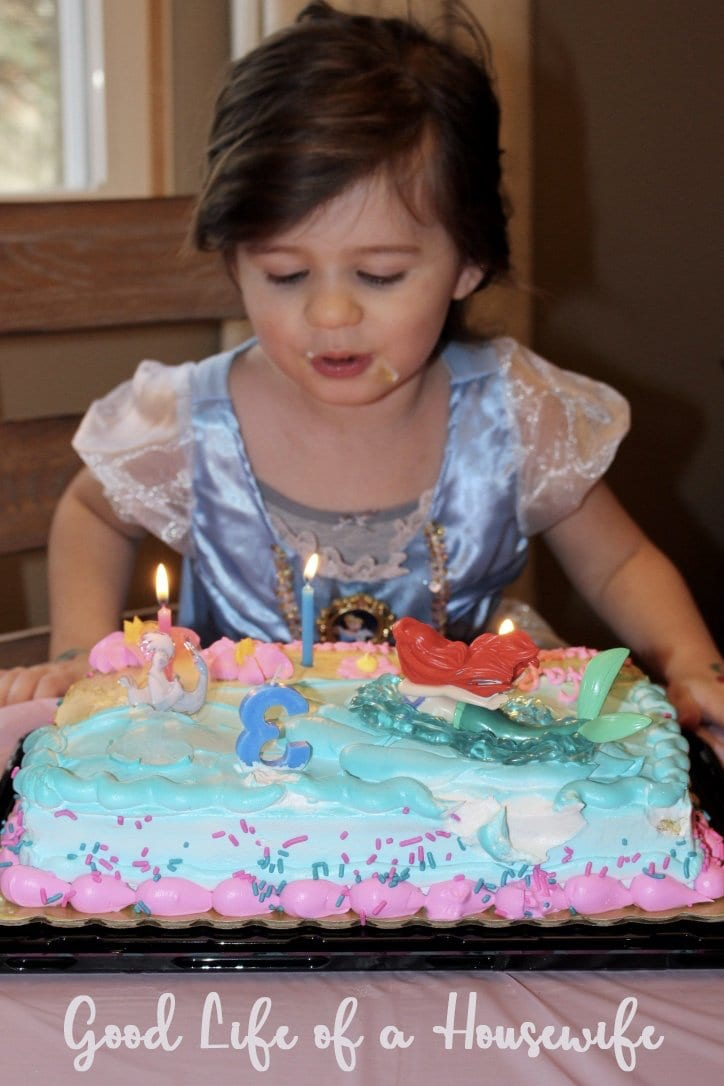 Ways to make a toddler's birthday special without a party