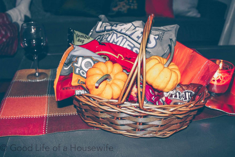 Getting in the Halloween Spirit. Fall bucket list. #october #octoberbucketlist