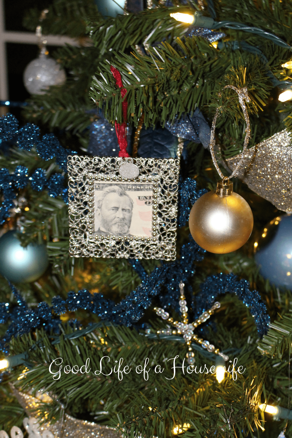 Jingle Bills - Cash Christmas Gift Idea - Good Life of a Housewife