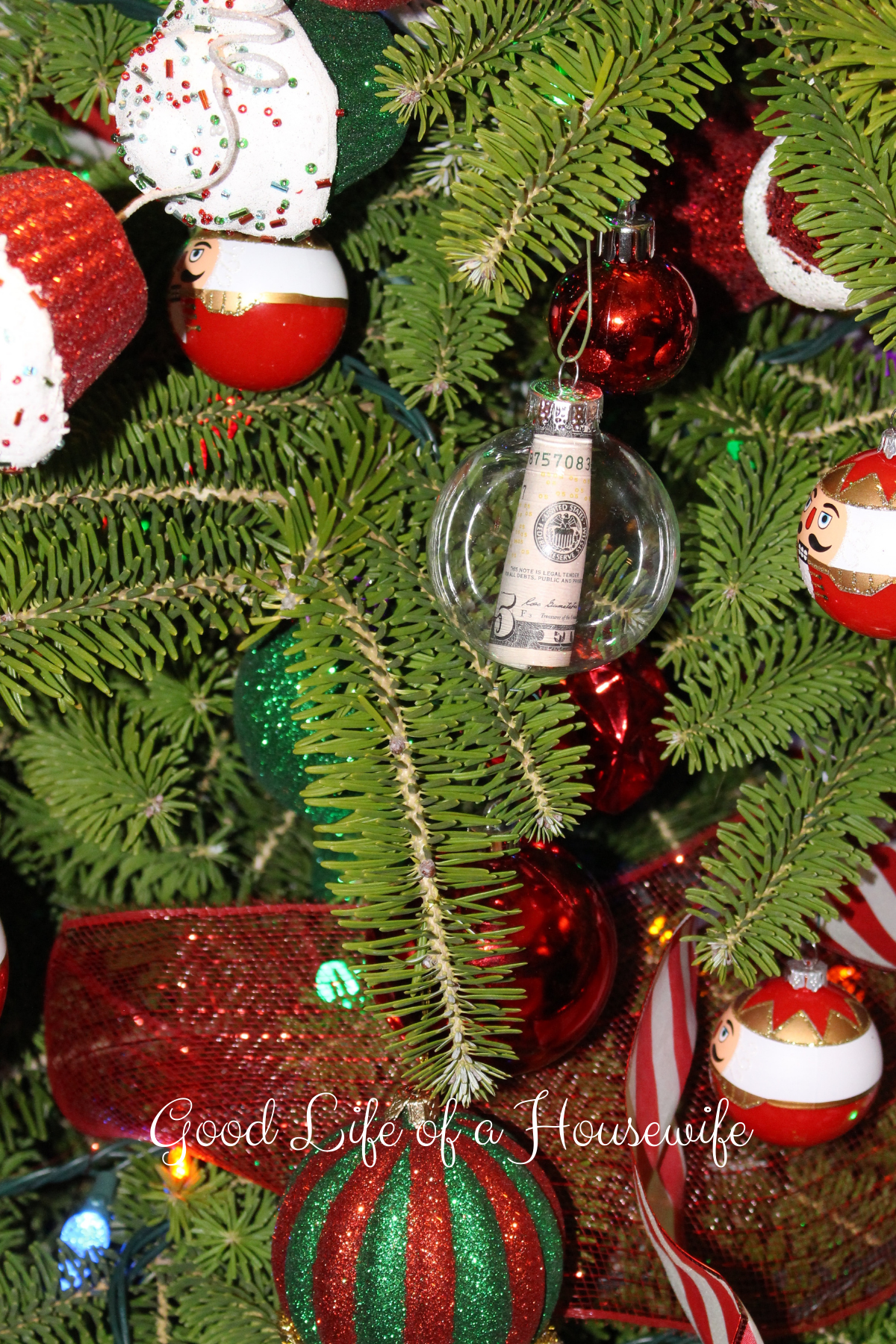 Christmas Money Tree - Christmas Cash Gift Ideas - Goof Life of a Housewife